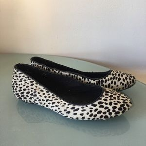 Ann taylor Hair calf flats shoes